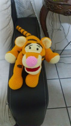Tigger, Winnie the Poo, Crochet, Free, - giraffe häkeln - Amigurumi Knit Or Crochet, Cute Crochet, Crochet For Kids, Crochet Crafts, Crochet Dolls, Crochet Baby, Crochet Projects, Crochet Disney, Winnie The Pooh
