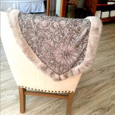 Fur and Sequined wrap/stole-highly detailed Pewter Color, Rabbit Fur, Beautiful Lights, Fur Trim, Fashion Tips, Fashion Design, Fashion Trends, Scarves, Wraps