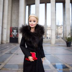 """""""Snapped outside of shows at Palais de Tokyo! #streetstyle #pfw #barbie…"""