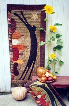 Country Threads :: Pieced and Appliqued Quilt Patterns :: Leap Door Banner Pattern