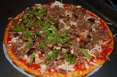 Lucy's Diabetic Friendly Low Carb Meals: Pizza: Low Carb & Sooo Good! with a cream cheese base...