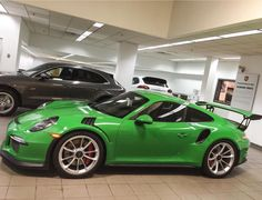 Porsche 991 GT3 RS Painted in RS Green Photo taken by: @ddwcarsinaz on Instagram