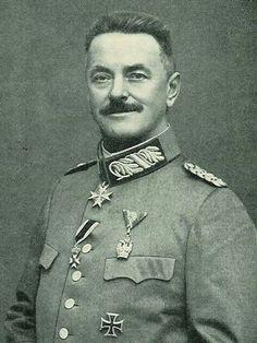 Generalleutnant Paul Ritter von Kneußl (27 June 1862 - 16 February 1928). Pour le Mérite 03 June 1915, Oak Leaves 11 January 1917.