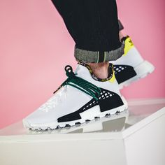 Pharrell Williams x adidas NMD Hu Inspiration Pack Pharrell Williams, Sneakers Mode, Sneakers Fashion, Fashion Shoes, Mens Fashion, Hypebeast Sneakers, Puma Sneakers, Adidas Nmd, Adidas Outfit