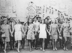 Os anos 60 revelaram as experiências com drogas, a perda da inocência, a revolução sexual e os protestos juvenis contra a ameaça de endurecimento dos governos.