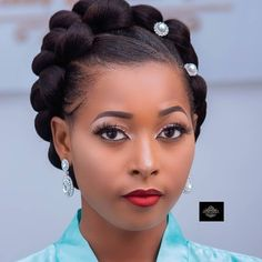 The image may contain: one person or more and close-up - African Braids Hairstyles African Braids Hairstyles, Bride Hairstyles, Black Hair Updo Hairstyles, Pretty Hairstyles, Curly Hair Styles, Natural Hair Styles, Twisted Hair, Natural Hair Braids, Braid Styles