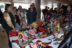 Trueque, Compra y Venta de Bienes Culturales. Intercambio de libros, discos, obras de arte y mucho más, se dio entre el público asistente a Hecho en Casa, la Fiesta de la Cultura.