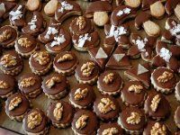 Kavěnky Xmas Cookies, Christmas Baking, Mini Cupcakes, Chocolate, Biscotti, Food And Drink, Cooking Recipes, Breakfast, Desserts