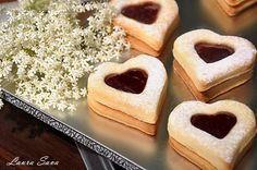 Fursecuri Inimioara cu mascarpone Biscotti, Pesto, Nutella, Cheesecake, Cookies, Mai, Desserts, Beverage, Sweets