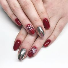 60 Cute Nail Design Ideas To Try This Season These trendy ideas would gain you amazing compliments. Check out our gallery for more ideas these are trendy this year. Beautiful Nail Designs, Cute Nail Designs, Beautiful Patterns, Xmas Nails, Holiday Nails, Fancy Nails, Cute Nails, Christmas Nail Art, Diy Birthday