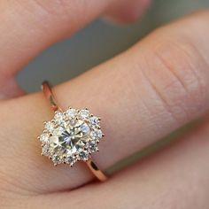 Royal Design 14K Rose Gold Ring Oval Diamond Ring Woman Wedding Gold Ring