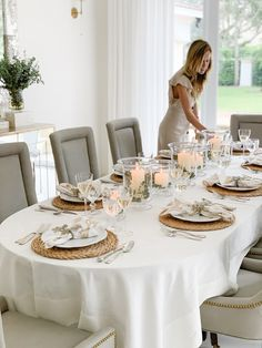 Fashionable Hostess - Style Your Wardrobe. Style Your Home. Style Your Baby. Fashionable Hostess, Inviting Home, Centerpieces, Table Decorations, Fall Table, Seasonal Decor, Tablescapes, Table Settings, Furniture