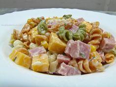 Salada de macarrão - http://cybercook.terra.com.br/salada-de-macarrao-rc-4-118421.html?20130430113348
