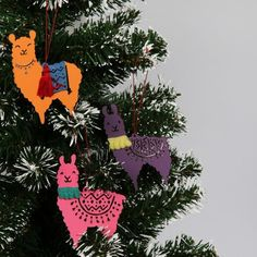 Wooden llama Christmas hanging decorations - box of 3 Llama Christmas, Cozy Christmas, Christmas Ornaments, Wooden Christmas Tree Decorations, Hanging Decorations, Holiday Crafts, Holiday Decor, Cardmaking And Papercraft, Paperchase