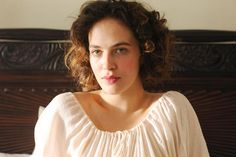 Harlots Jessica Brown Findlay Image 3 (13)