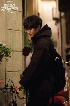 Chanyeol - Memories of the Alhambra Drama Korea, Korean Drama, Korean Idols, Korean Actors, Park Chanyeol, Baekhyun, Dramas, Foto Jungkook, Kpop Guys