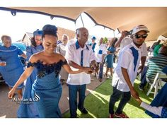 A Stylish Tswana Wedding- Bontle bride features real south african weddings with a flair of culture plus wedding tips, ideas and advice African Fashion Skirts, South African Fashion, African Fashion Designers, African Print Fashion, African Wedding Attire, African Attire, African Dress, African Style, African Traditional Wedding Dress