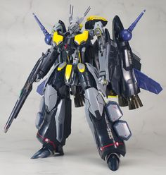Macross F Messiah (Ozma Custom) Macross Anime, Robotech Macross, Cool Robots, Armored Fighting Vehicle, Super Robot, Mobile Suit, Spaceships, Figure It Out, Popular Culture