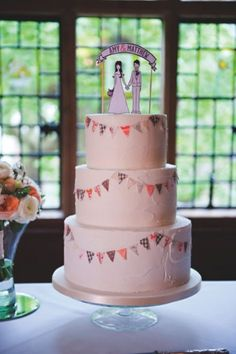 Bunting cake - one tier with similar topper