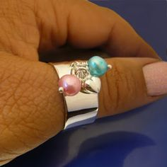 #Berlockring #charmring www.alskadebarn.se Personalized Jewelry, Turquoise, Rings, Instagram, Fashion, Personalised Jewellery, Moda, Custom Jewelry, Fashion Styles
