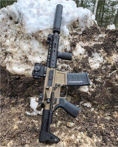 gun-porn- gun-porn weaponslover:Sick little pdw! Airsoft Guns, Weapons Guns, Guns And Ammo, Tactical Rifles, Firearms, Shotguns, Tactical Survival, Armas Wallpaper, Ar15 Pistol
