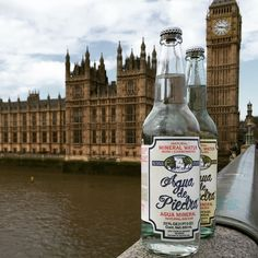 Agua de Piedra en IFE Londres #ife#london#bigben#water#aguadepiedra#uk#gourmetwater#water#england#westminsterbridge#parlament