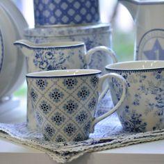 Kék varázs @greengateofficial  #skanditrend #greengateofficial #porcelan #bögre #kave #tea #romantika #ajandek #meglepetés #karácsony #szeretet