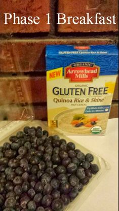 Breakfast Quinoa with Blueberries - Keep Moving Forward With Me #fastmetabolismdietsmoothies
