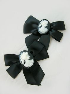 Gothic Black Classic Victorian Cameo hair bow in by PipStarPop, $9.00