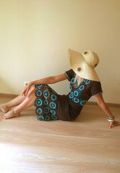 Como No Tempo da Vovó: LINDO VESTIDO EM CROCHÊ - INSPIRAÇÃO Crochet Squares, Knit Crochet, Dinosaur Stuffed Animal, Projects To Try, Teddy Bear, Summer Dresses, Sewing, Knitting, Pictures