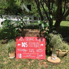 Ultimando toda la deco para la #bodaLOVE de M+S, reu con #lovers2017, ultimas compras, remates handmade y a comenzar el montaje.  Equiiiiipo, ¿estáis preparados? ¡Nos lo vamos a pasar bomba!  LOVE #love #amor #coral #vintage #rustico #color #wedding #weddingplanner #boda #bodasbonitas #bodasunicas #beach #playa #sol #sun #sunset #boda #bodasbonitas #bodasunicas #deco #decor #handmade #instagram #instagood #flores #flowers #wood #madera #Cádiz #Sevilla #Madrid #relax