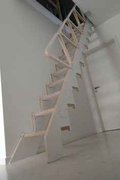 Folding Furniture, Diy Furniture, Attic Stairs, House Stairs, Painting Wooden Stairs, Attic Design, Interior Design, Shed Makeover, Stair Steps
