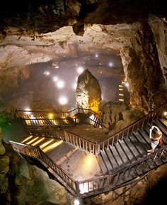 The Magnificent Son Doong Cave in Vietnam – The Biggest Cave in The World Travel Honeymoon Backpack Backpacking Vacation Laos, Places To Travel, Places To See, Travel Destinations, Vietnam Travel, Asia Travel, Places Around The World, Around The Worlds, Vietnam Holidays