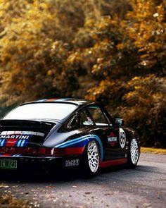 Porsche 911 slammed More ...repinned für Gewinner! - jetzt gratis Erfolgsratgeber sichern www.ratsucher.de