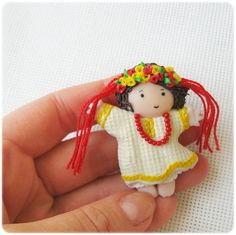 Brooch - Little Ukrainian  Girl