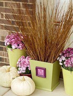10 Festive Fall Porch Accents