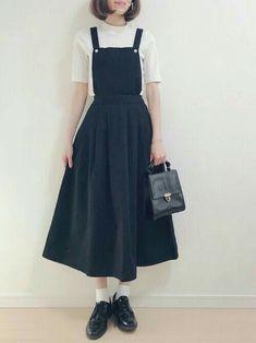 ファッション ファッション in 2020 Cute Fashion, Modest Fashion, Fashion Dresses, Womens Fashion, Fashion Fashion, Ulzzang Fashion, Korean Fashion, Modest Outfits, Casual Outfits