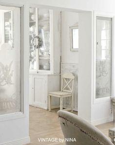 VINTAGE by NINA - Hvitt på hvitt
