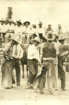 Old West Cowboy Vintage Antique Western Horse Photographs Photo Picture Rodeo Cowboys, Black Cowboys, Real Cowboys, Cowboy Pictures, Old Pictures, Cowboy Images, Vintage Pictures, Cowboy Art, Cowboy And Cowgirl