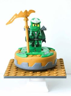 Hi there, This cake I made for my son's birthday. He is such a Lego Ninjago fan…. Lego Ninjago Cake, Ninjago Party, Lego Cake, Cupcake Birthday Cake, Cupcake Cakes, 4th Birthday, Birthday Ideas, Cupcakes, Lego Torte