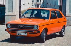 Audi 50 wallpapers - Free pictures of Audi 50 for your desktop. HD wallpaper for backgrounds Audi 50 car tuning Audi 50 and concept car Audi 50 wallpapers. Audi 100, Auto Motor Sport, Motor Car, Retro Cars, Vintage Cars, Vintage Models, Auto Volkswagen, Automobile, Auto Union