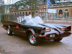 Super Star Wedding Cars - Batmobile Batman Wedding Car - Star Car Hire - www.crazylilweddings.com