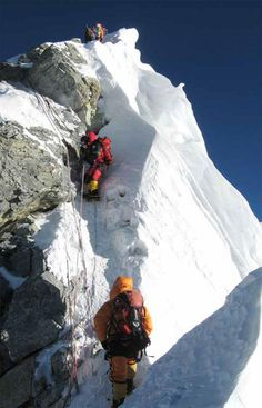 Post with 51 votes and 2704 views. What it looks like to climb Mt. Everest via the South Col Alpine Climbing, Mountain Climbing, Rock Climbing, Everest Mountain, Mountain Hiking, Aesthetic Photography Nature, Nature Photography, Monte Everest, Climbing Everest