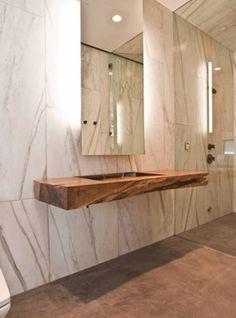 Mensolone sospeso in legno massello con lavabo scavato 180x55x20