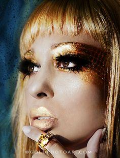 Ejemplo del Maquillaje en Lámina...algunos vienen con oro y plata en polvo…