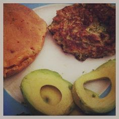 She Likes Bento: Recipe: Courgette Pesto Burgers