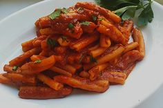 Casarecce ischitane con ragù di olive tutto il gusto e sapore del nostro mediterraneo per un primo piatto semplice e facile da realizzare