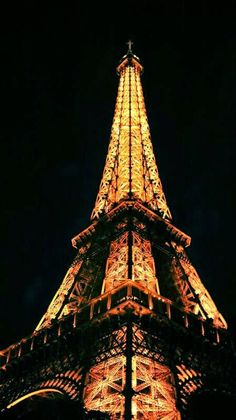 Eiffel tower in Paris by Kursad Gokce on 500px