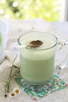 #easy and #healthy green tea latte #recipe    #juliesoissons