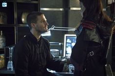 Arrow24.net: Serial Arrow - The Flash - News: Zdjęcia promujące 3.23 Arrow